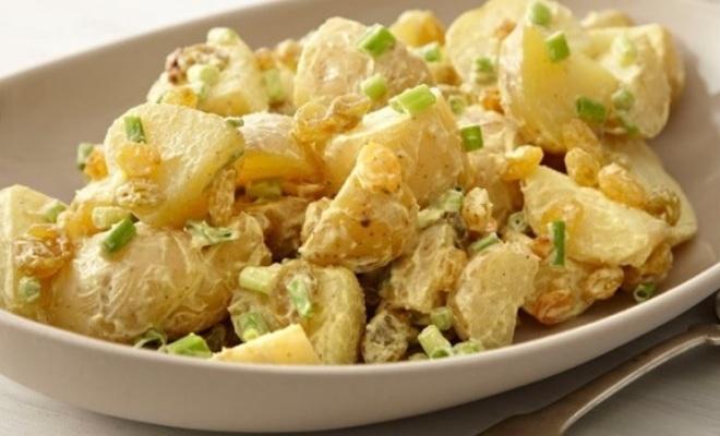 Salată de cartofi dulci de post < 200 calorii - Featured Image