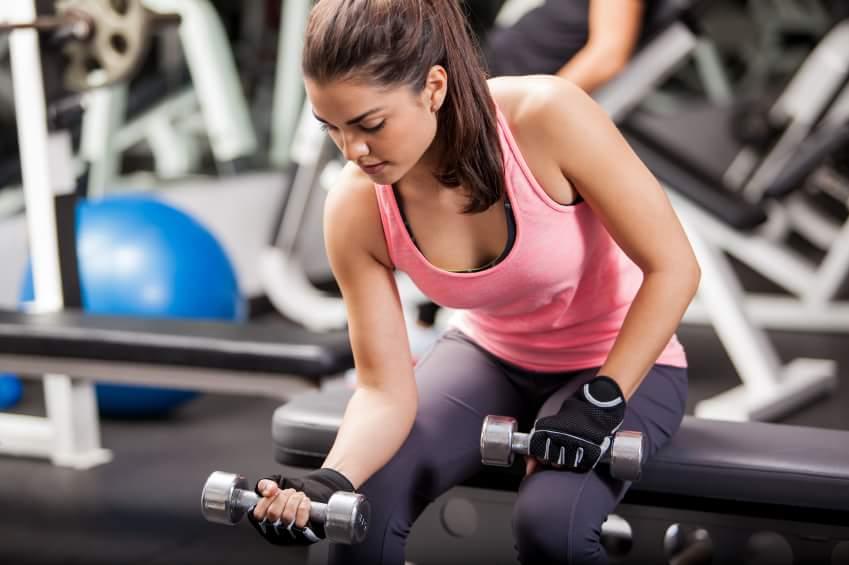 Exercitii pentru brate care te tonifica