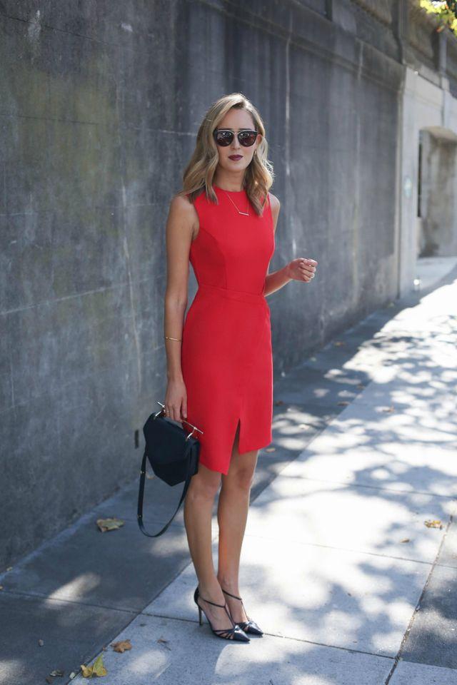Tinuta cu rochie office rosie de vara