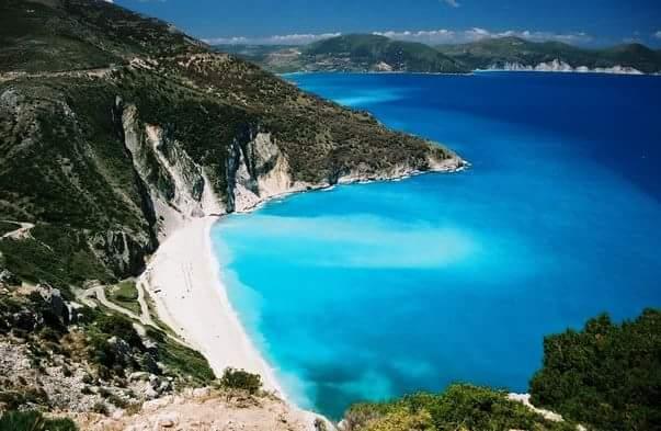 Plaja Myrtos Beach în Kefalonia, Grecia