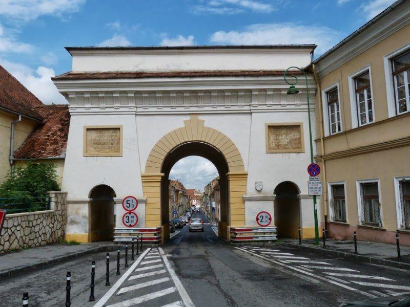 Obiective turistice Brasov | Poarta Scheilor