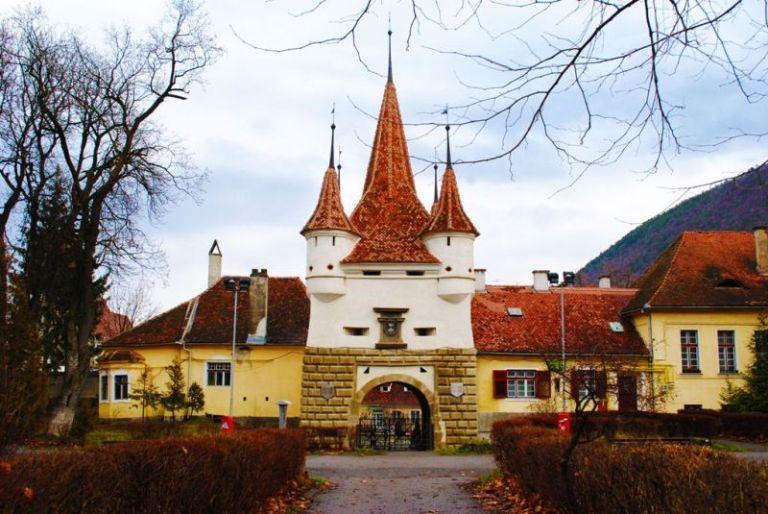 Obiective turistice Brasov | Poarta Ecaterina din Brasov