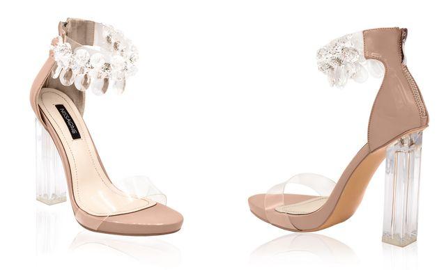 Modele sandale cu toc