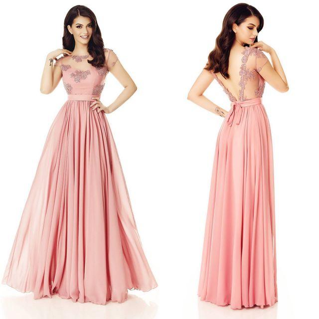 Rochii elegante lungi de culoare roz