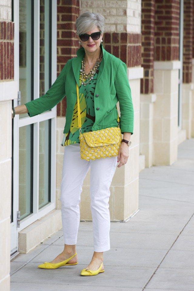 Tinute elegante colorate de primavara pentru femei de peste 50 de ani