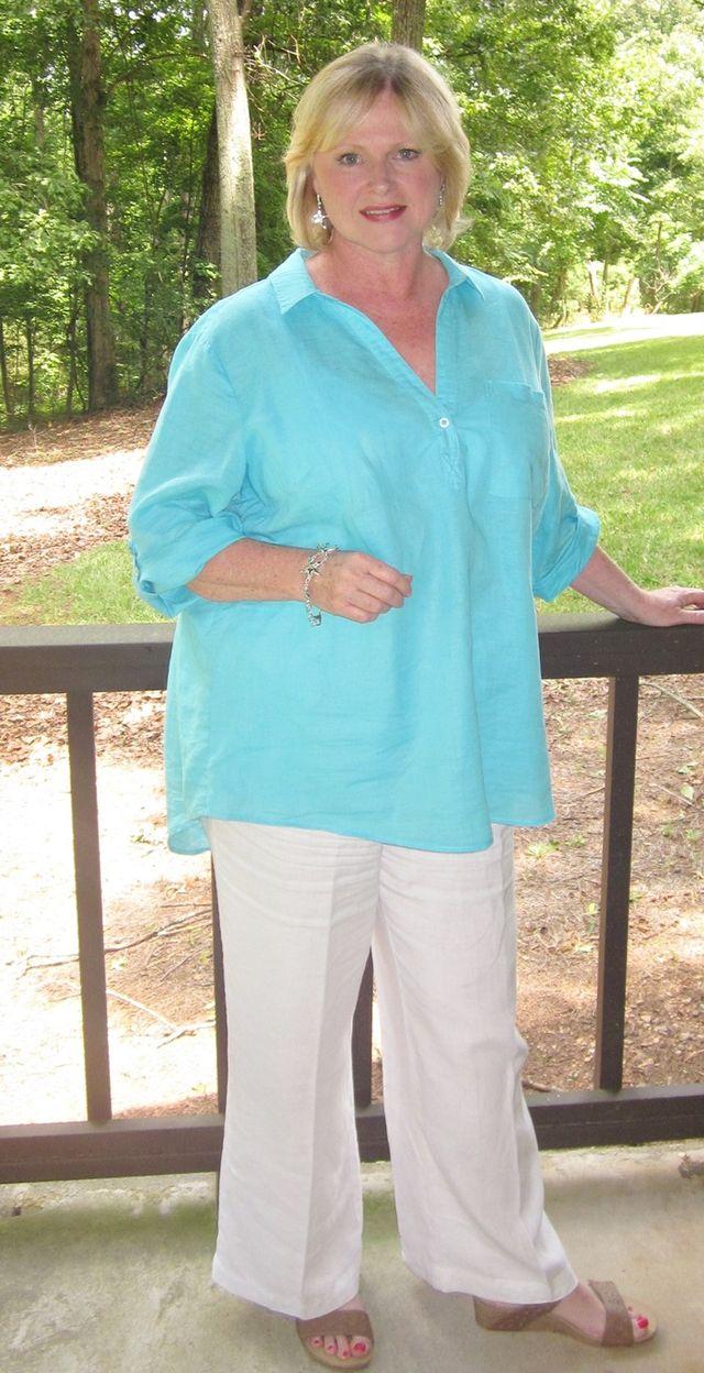 Tinute de vara cu haine lejere pentru femei de peste 50 de ani