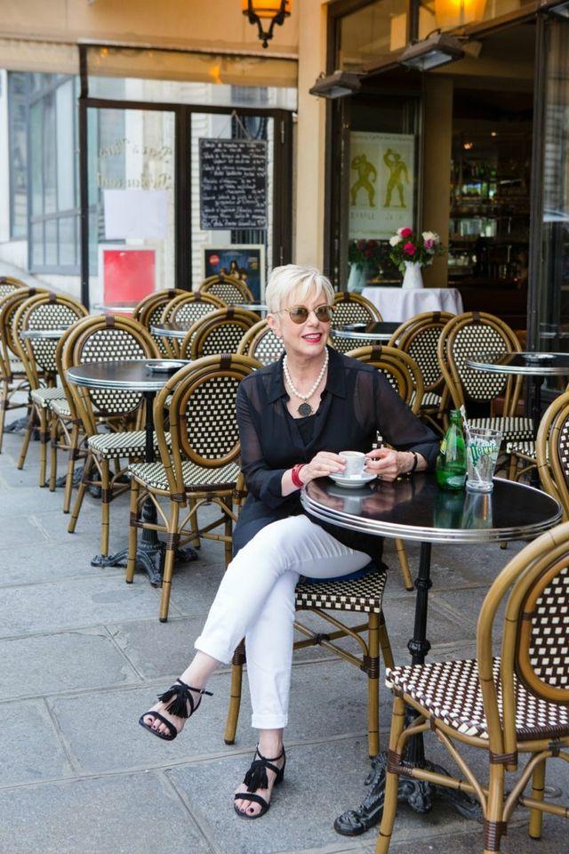 Tinute elegante de zi pentru vara pentru femei de peste 50 de ani